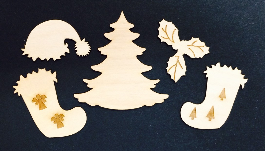 Christmas Wood Miniatures with Tree
