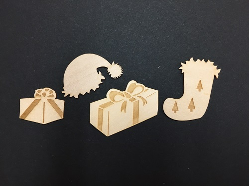 Christmas Wood Miniatures with presents